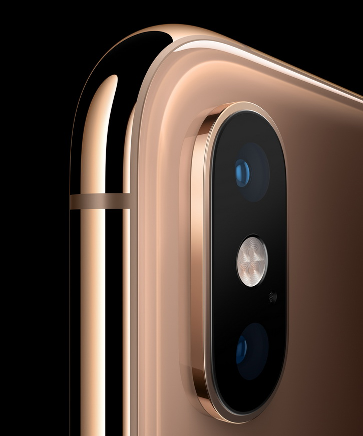 iPhone XS с изчерпателен дроп тест със  7 падания (видео)