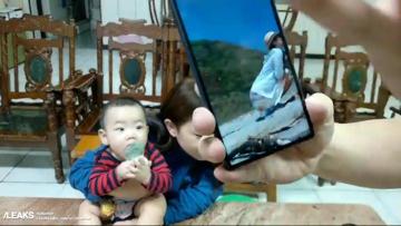 Sony Xperia XA3 с екран 21: 9 се появи