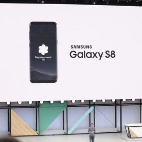 LG V30 и Samsung Galaxy S8 са следващите, които ще поддържат Daydream