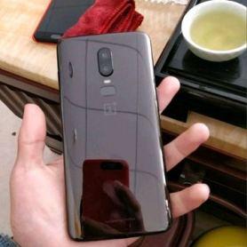 XDA получи потвърждение за дизайна на OnePlus 6 в стила на iPhone X