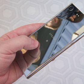 Повечето смартфони Sony Xperia XZ са оборудвани със 120-Hz екрани