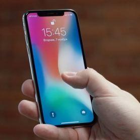 Apple потвърди проблемите със сензорния екран iPhone X