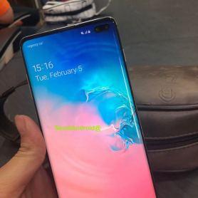 Samsung Galaxy S10 + със скенер на екрана за първи път на видео