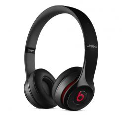 Beats by Dre Solo 2 Wireless - професионални безжични слушалки с микрофон и управление на звука за iPhone, iPod и iPad (черен)